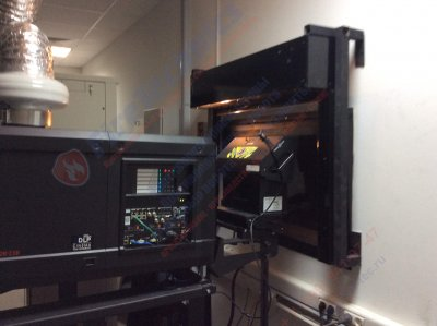Противопожарные шторы Fireshield EI120 (при орошении водой) для проекторной Мертон